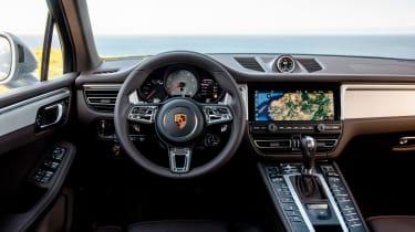 Porsche Macan S - dash