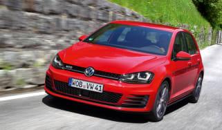 Volkswagen Golf GTD front action