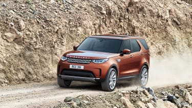 Land Rover Discovery 2017 - official off road