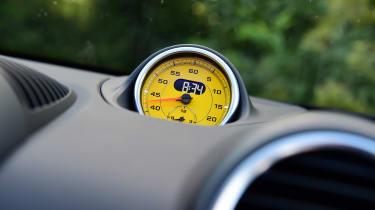 Porsche Boxster T - clock