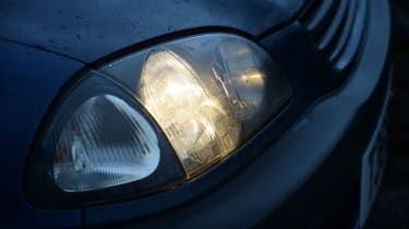 Used Toyota Avensis headlight