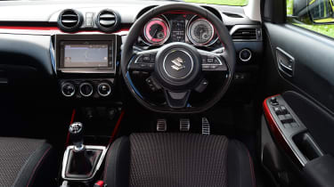 Suzuki Swift Sport - interior