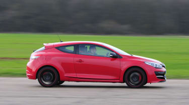Renault-Megane-RS-2014-profile