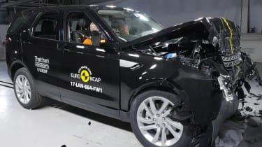 Land Rover Discovery 2017 Euro NCAP