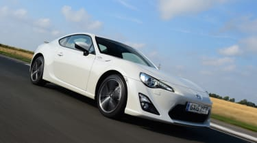 Toyota GT86 front tracking