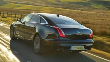 Used Jaguar XJ - rear action