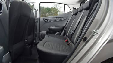 Hyundai i10 - rear seats