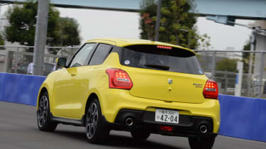 Suzuki Swift Sport - rear cornering