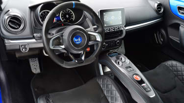 Alpine A110 - interior