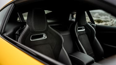 2020 Jaguar F-Type - seats