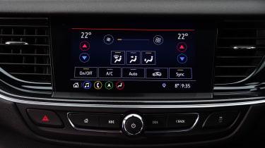 Vauxhall Insignia 1.5 diesel - infotainment