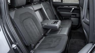 Land Rover Defender V8 - rear seats