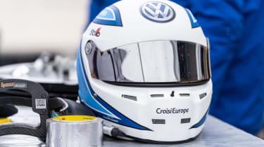 Volkswagen ID. R - helmet