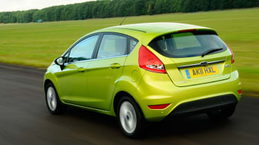 Ford Fiesta 1.4 Zetec rear tracking