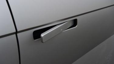 Hyundai Ioniq 5 - door handles