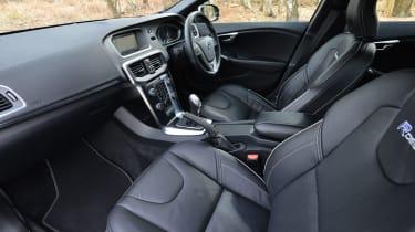 Volvo V40 R-Design front seats