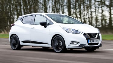 Nissan Micra N-Sport - Tracking front