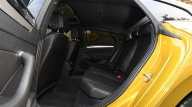 volkswagen arteon rear seats legroom