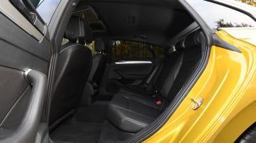 volkswagen arteon rear seats legroom