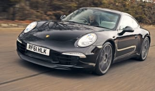 Porsche 911 Carrera front tracking