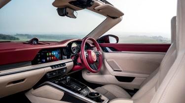 Porsche 911 Targa 4S Heritage Design Edition - cabin