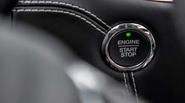 Ford Edge - start/stop