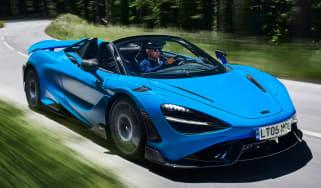 McLaren 765LT Spider - front action