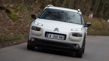 Citroen Advanced Comfort Concept 2017 - Cactus front tracking 2