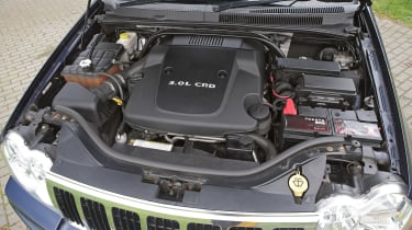 Used Jeep Grand Cherokee - engine