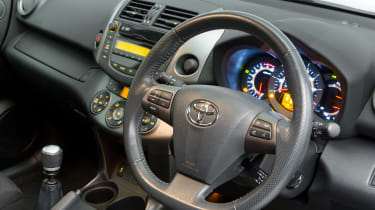 Used Toyota RAV4 - steering wheel