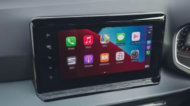 SEAT Arona touchscreen