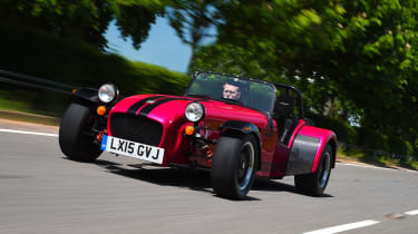 Caterham Seven 420R - front tracking