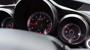 Honda Civic Type R - dials