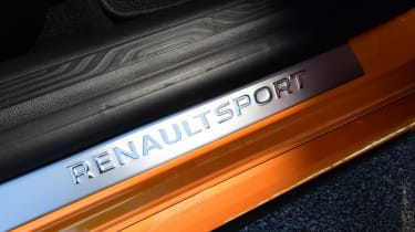 Renault Megane RS - sill