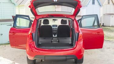 Vauxhall Meriva 2014 facelift - boot