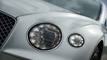 2018 Bentley Continental GT - headlight