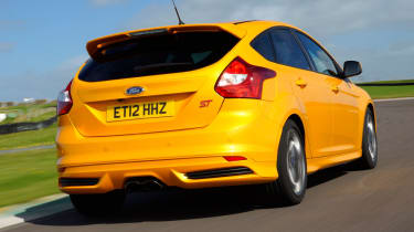 Ford Focus ST rear tracking