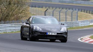 Porsche Taycan Sport Turismo - spyshot 8