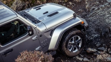 Jeep Wrangler  - front off-roading