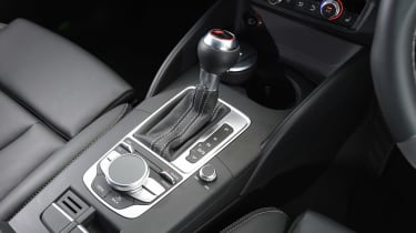 Audi RS3 group - gear stick