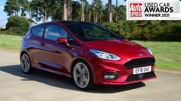 MK7 Ford Fiesta - side tracking with used car award winner banner