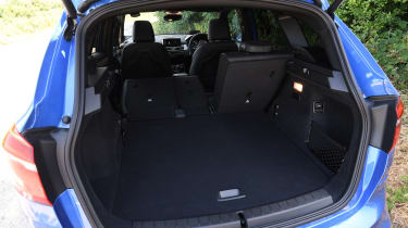 BMW 225xe Active Tourer - boot