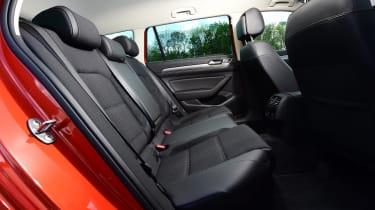 Volkswagen Passat Alltrack - rear seats