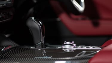 Maserati Levante S - transmission