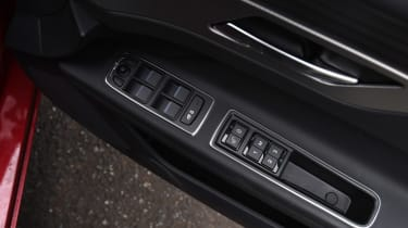 Jaguar XF long term - second report window controls