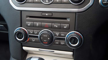 Used Land Rover Discovery review - air-con