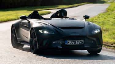 Aston Martin V12 Speedster - front tracking