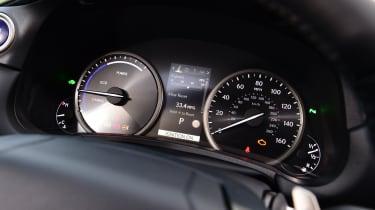 Lexus NX - dials