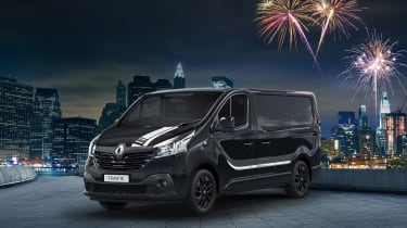 Renault trafic premier edition front