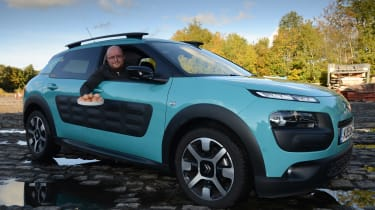 Citroen C4 Cactus egg test